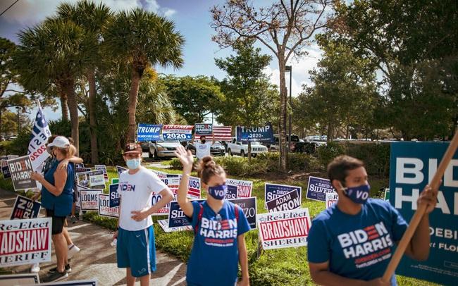 Bất an và kiệt sức vì bầu cử, người Mỹ nhận ra đất nước đang bị chia rẽ hơn bao giờ hết