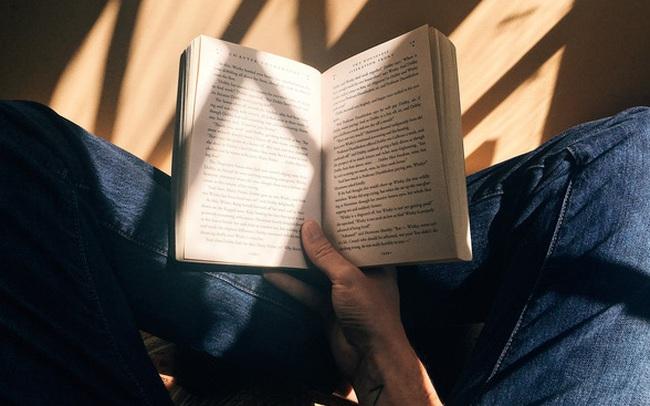 """Học tuyệt chiêu từ bác sĩ Nhật: Rèn tư duy của người chủ động - """"làm ít được nhiều"""" nhờ đọc sách"""