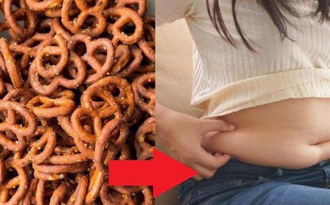 5 món ăn vặt đáng sợ nhất: Càng khiến bạn thấy đói bụng, ăn nhiều hơn rồi tăng cân mất kiểm soát