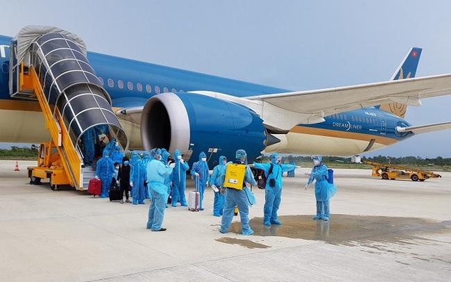 Đưa hơn 320 công dân Việt Nam từ châu Âu về nước