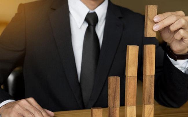 Bất mãn rồi sinh ra hận công ty, người đàn ông được đồng nghiệp hiến kế báo thù, không ngờ nửa năm sau được thăng chức