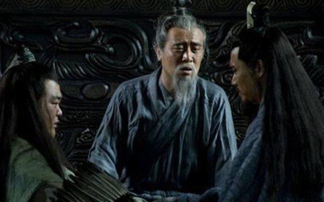 Đều là đại thần được ủy thác, vì sao Lưu Bị trước lúc qua đời lại trao binh quyền cho Lý Nghiêm chứ không giao cho Gia Cát Lượng?