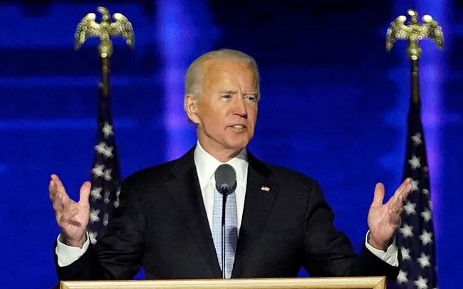 """""""Trên đôi cánh đại bàng"""" - bài Thánh ca đặc biệt trong tuyên bố chiến thắng của ông Biden"""