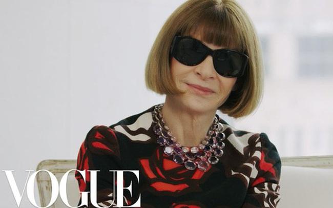 """Bà hoàng Vogue: Nữ vương cai trị làng thời trang thế giới với những """"mật mã thép"""" và bí ẩn phía sau mái tóc kinh điển không đổi hơn 50 năm"""