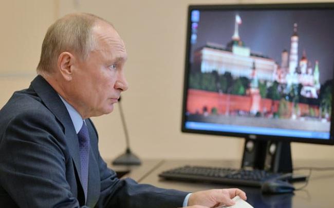 Tổng thống Putin ngay lập tức chúc mừng ông Trump nhưng án binh bất động trước ông Biden, tương lai nào đang chờ mối quan hệ Nga – Mỹ?