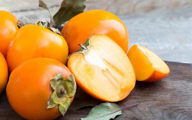 """""""2 rau 2 quả"""" là thuốc bổ mắt tự nhiên, vừa rẻ tiền vừa đem lại lợi ích lớn cho sức khỏe, ai cũng nên ăn"""