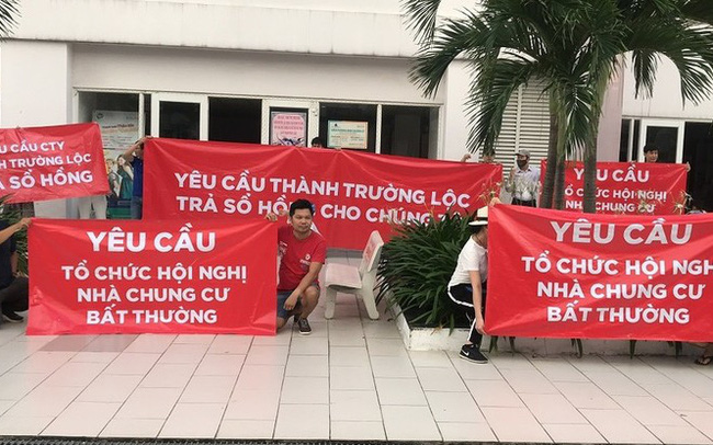 TPHCM: Chia thành hai để gỡ vướng 30.000 căn hộ 'treo' sổ hồng