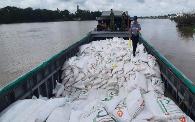 Cuối năm buôn lậu đường cát qua biên giới Tây Nam tăng mạnh