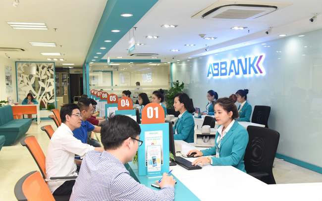 ABBank báo lãi 1.378 tỷ đồng trong 11 tháng, vượt kế hoạch cả năm