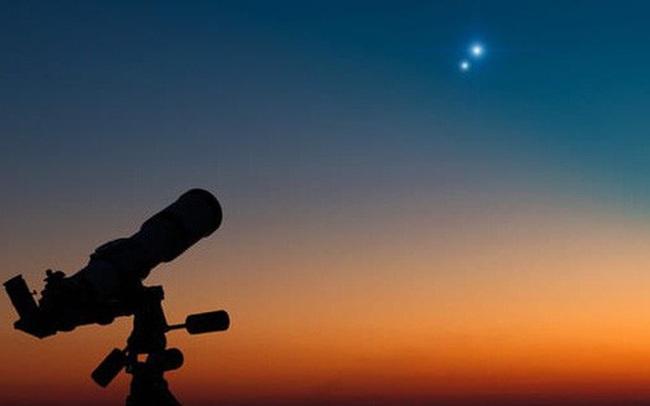 Tối nay người Việt sẽ được xem cảnh Sao Mộc - Sao Thổ 'hợp nhất' lại thành một trên bầu trời, 800 năm mới có 1 lần