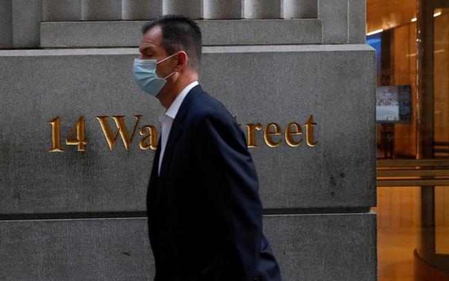 Virus corona biến hình khiến nhà đầu tư Anh biến sắc