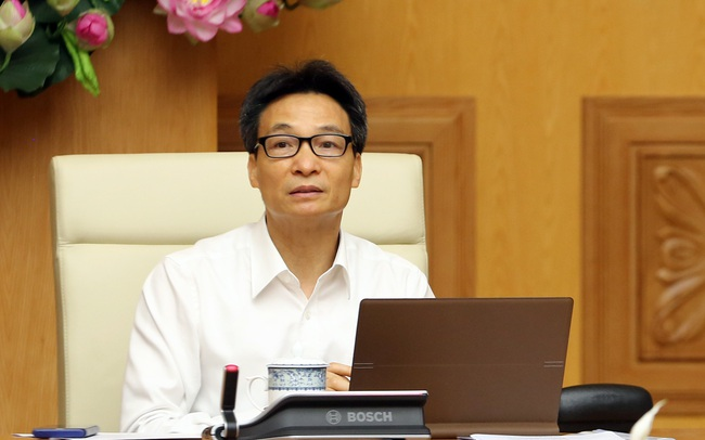 Phó Thủ tướng Vũ Đức Đam yêu cầu tập trung khoanh gọn, dập sớm ổ dịch ở Đà Nẵng