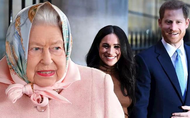 Thực hư về cuộc gọi video của Nữ hoàng Anh với Meghan Markle, cấm cô vĩnh viễn không được bước chân vào hoàng gia Anh