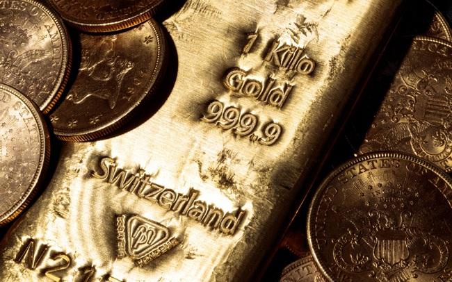 Các chuyên gia tài chính Mỹ: Giá vàng có thể vọt lên mốc 4.000 USD trong 3 năm tới, nhưng chịu ảnh hưởng lớn bởi 2 yếu tố này