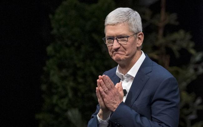 Vốn hóa Apple gần chạm mốc 2 nghìn tỷ USD, CEO Tim Cook chính thức trở thành tỷ phú