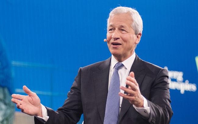 """Thói quen buổi sáng của CEO ngân hàng lớn nhất nước Mỹ: Dậy từ 5h và đọc """"vô số thứ"""""""