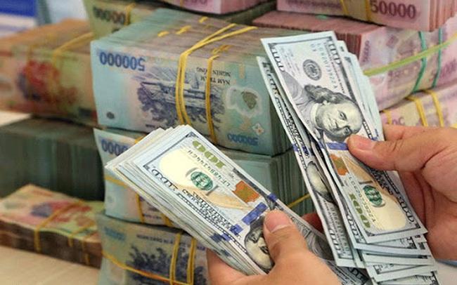 VND ổn định so với USD nhưng đang giảm so với nhiều đồng tiền khác