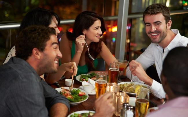"""Nhìn rõ lòng người chỉ qua một bữa cơm: Kẻ bình thường cần chú ý 1, dân công sở phải để tâm 10, kẻo có ngày bị """"đâm sau lưng"""""""
