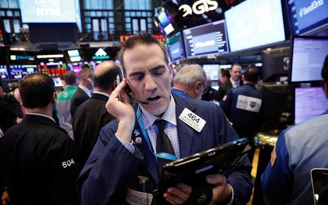 Chờ đợi những dấu hiệu tích cực về gói kích thích mới, Phố Wall diễn biến trái chiều, S&P 500 nỗ lực chạm đỉnh lịch sử