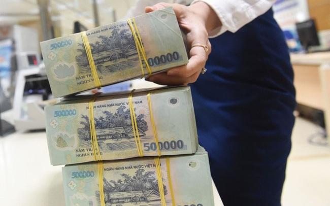 Nợ xấu tại ngân hàng gia tăng, nguồn lực đối ứng sụt giảm