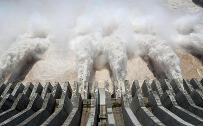 Đập Tam Hiệp (Trung Quốc) gánh lưu lượng lũ lớn nhất từ đầu năm