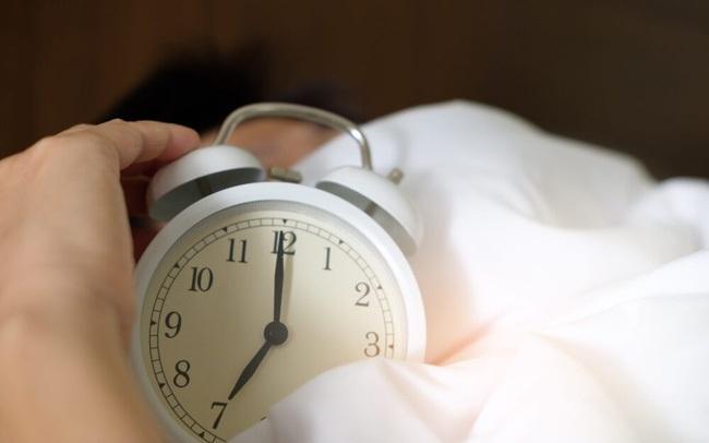 Cứ ngỡ ngủ ngáy, buồn ngủ vào ban ngày là bình thường nhưng bác sĩ lại cảnh báo căn bệnh nguy hiểm