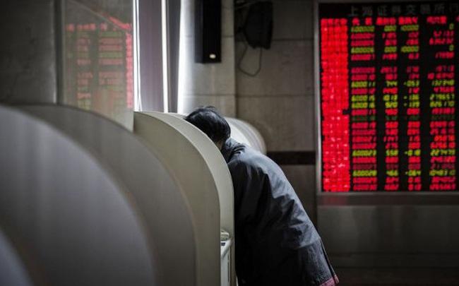 Bloomberg: Nhà đầu tư F0 Trung Quốc thao thức cả đêm, đổ xô đến chứng khoán Mỹ bất chấp thị trường trong nước vẫn tăng nóng