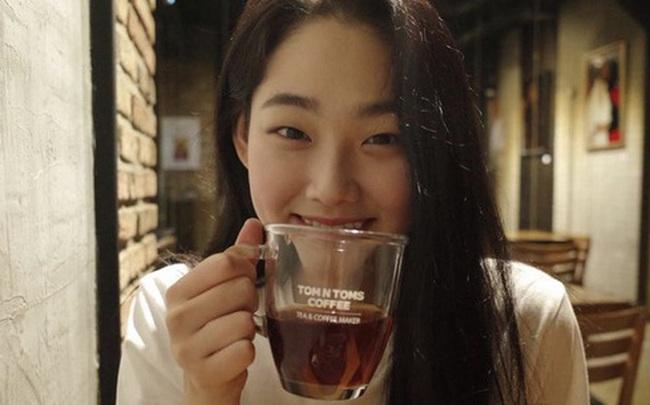 Uống trà rất tốt cho sức khỏe nhưng có 4 thói quen uống trà có hại, đặc biệt là thói quen đầu tiên có thể gây ung thư