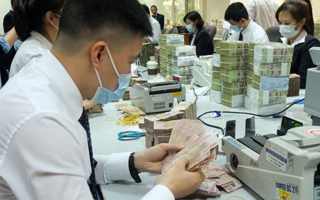 Tín dụng tăng thấp, các ngân hàng có thể tiếp tục đổ tiền vào trái phiếu