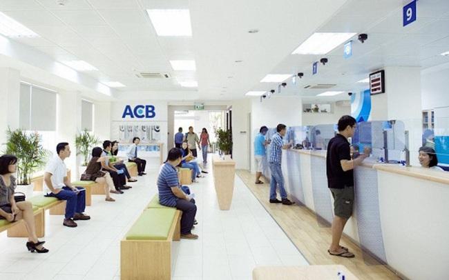 ACB giao dịch thỏa thuận 14 triệu cổ phiếu giá 28.000 đồng trước thềm chuyển sàn niêm yết và trả cổ tức