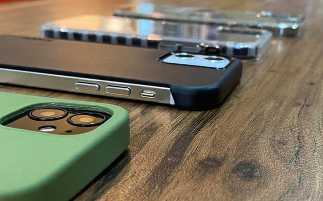 iPhone 12 tiếp tục rò rỉ hình ảnh, mang vóc dáng giống iPhone 4?