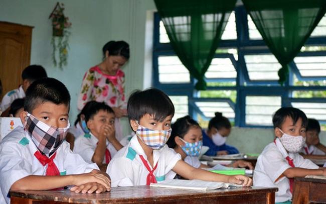 CẬP NHẬT: 14 tỉnh thành cho học sinh nghỉ phòng chống dịch, 33 tỉnh công bố lịch tựu trường, khai giảng
