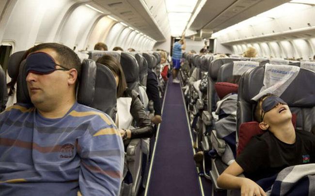 Đi máy bay trong thời buổi dịch bệnh nguy hiểm đến mức nào và câu trả lời tới từ khoa học