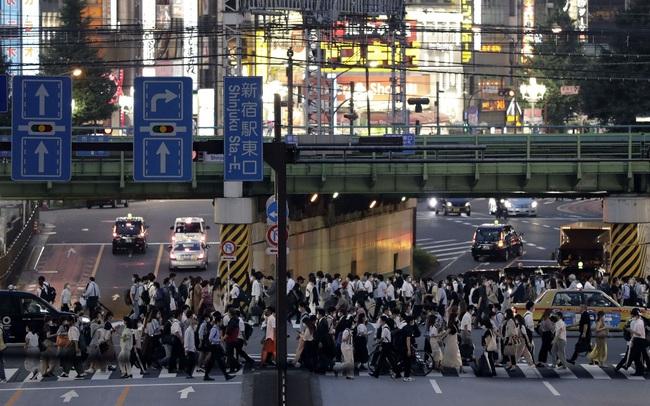 Nhật Bản: Cuộc sống trở lại bình thường quá nhanh, dịch bệnh tái bùng phát khắp nơi khi số ca nhiễm nCoV tăng kỷ lục trong nhiều ngày