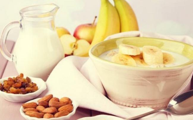 Vì sao người tập thể thao thường xuyên ăn chuối? Không chỉ đơn giản là ngon và bổ dưỡng!