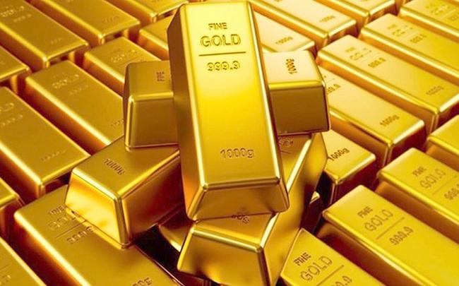 Thị trường ngày 20/08: Vàng quay đầu giảm 2%, quặng sắt vượt 120 USD/tấn