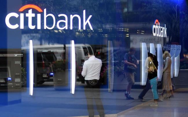 Diễn biến mới vụ Citigroup chuyển nhầm 900 triệu USD: Một vài công ty kiên quyết không trả lại tiền, phía Citi phải cầu cứu tòa án