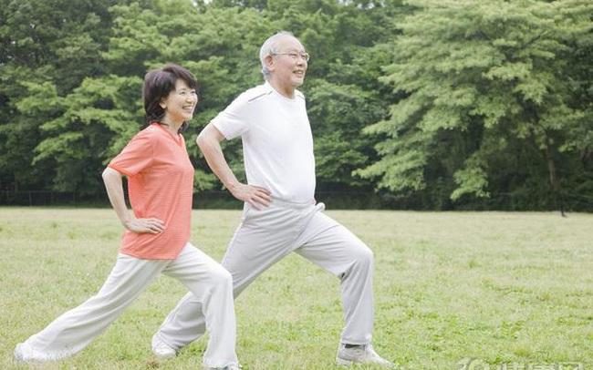 Cụ bà thọ 103 tuổi nhưng xương chắc khỏe như người mới 60 khiến bác sĩ cũng phải sửng sốt: Bí quyết không phải là đi bộ nhiều mà ở 2 điều này