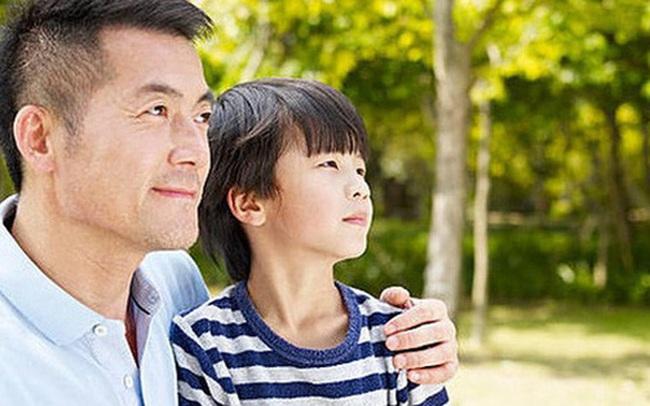 7 sai lầm các ông bố thường mắc phải khi dạy con trai, đọc để tránh ngay kẻo muộn
