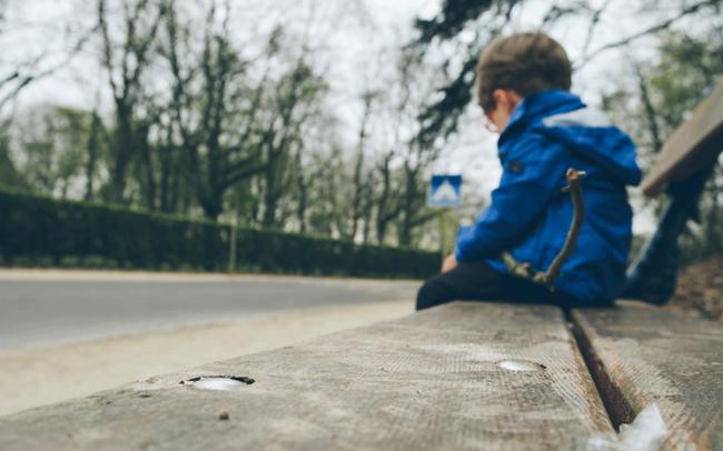 Có đứa trẻ sống trong gia đình nhìn rất đỗi êm đềm nhưng lớn lên lại bị rối loạn nhân cách, nguyên nhân nằm ở những lời nói như này của cha mẹ