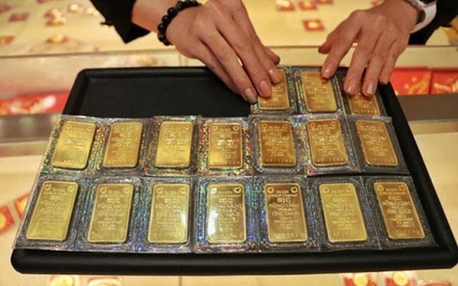 Giá vàng hôm nay biến động trái chiều