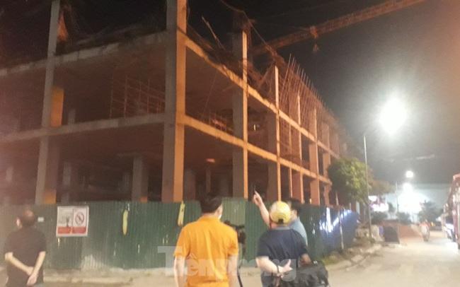 Sập trần công trình xây dựng đại lý ô tô ở thành phố Bắc Giang