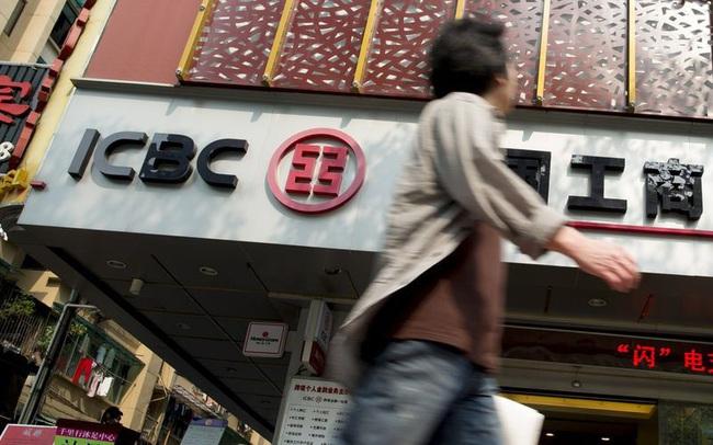 Lợi nhuận sụt mạnh, nợ xấu tăng vọt tại các ngân hàng Trung Quốc do Covid-19