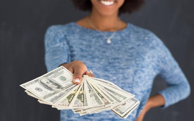 """Wall Street Journal: Hãy cẩn thận với những đồng tiền """"miễn phí""""!"""