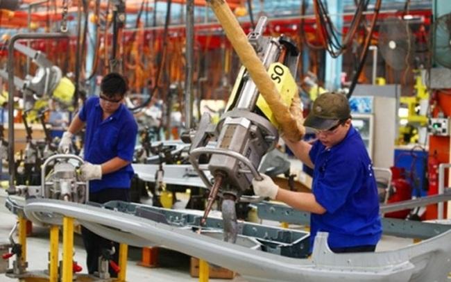 Chỉ số sản xuất công nghiệp 8 tháng tăng thấp nhất trong 8 năm qua