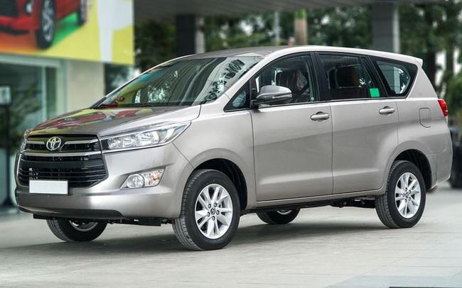 Toyota triệu hồi 721 xe Innova và Fortuner bị lỗi bu lông