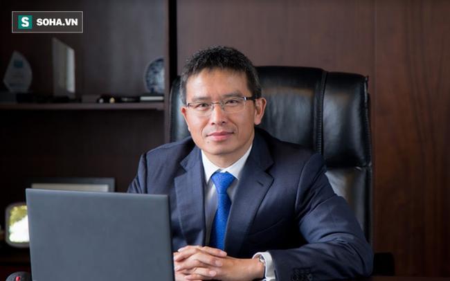 """Chủ tịch Thiên Minh Group thoát hiểm: Khách sạn hạng sang """"ship"""" thức ăn tươi sống, cho dân địa phương """"mua chịu"""" trong 6 tháng"""