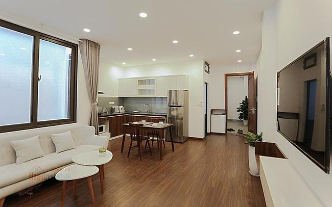 Bỏ cuộc chạy đua mua chung cư mới đã bị đẩy giá lên quá cao, khách mua căn hộ đẹp đã qua sử dụng thấp hơn cả tỷ đồng
