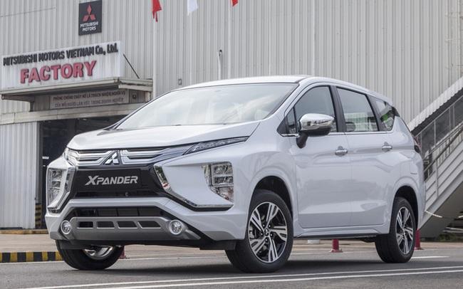 Mitsubishi chơi lớn: Khuyến mại tất tay các dòng xe đang bán ở Việt Nam, Xpander giảm hàng chục triệu, Outlander thêm 'đồ chơi' xịn