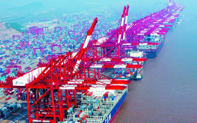 Trung Quốc tuyên bố xuất khẩu bằng đồng USD tăng 7,2% trong tháng 7